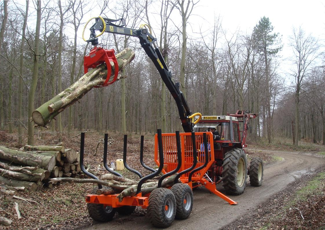 Ryetec KTS timber forwarding forestry trailer and crane
