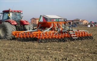 6 metre Ma Ag SSP Drill in action