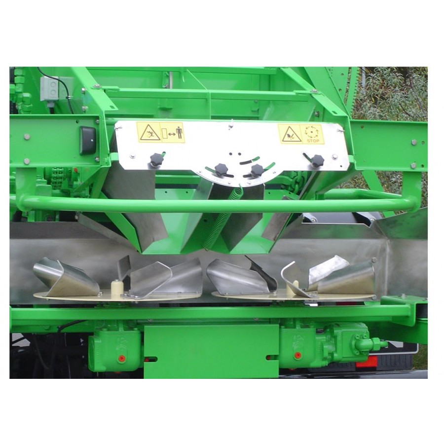 Gustrower High Capacity Fertiliser and Lime spreader