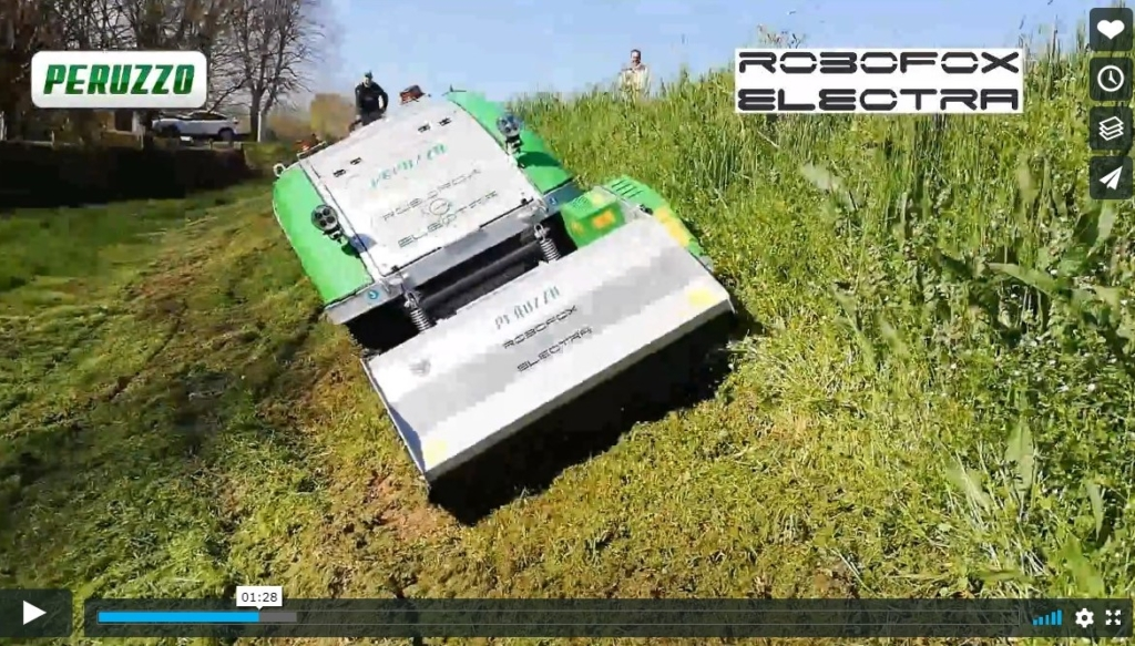 ROBOFOX remote control bank and slope mower with engine or battery power