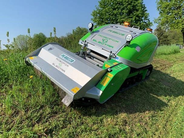 ROBOFOX Electra battery powered zero emmisions