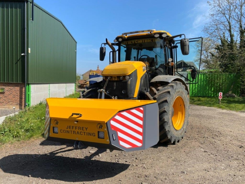Workbox on JCB fastrac